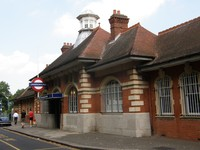 Barkingside station