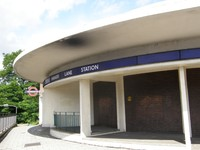 Hanger Lane station