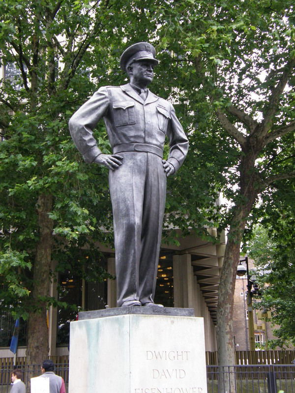 The statue of Eisenhower in Grosvenor Square