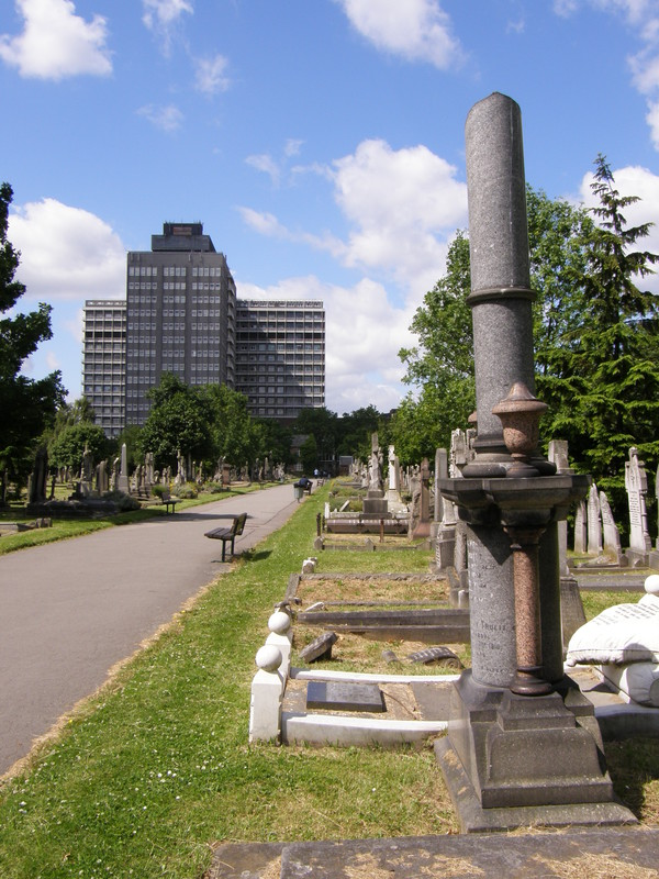 Charing Cross Hospital from Hammersmith Cemetery