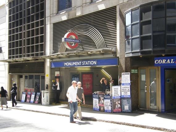 London Underground tubewalk