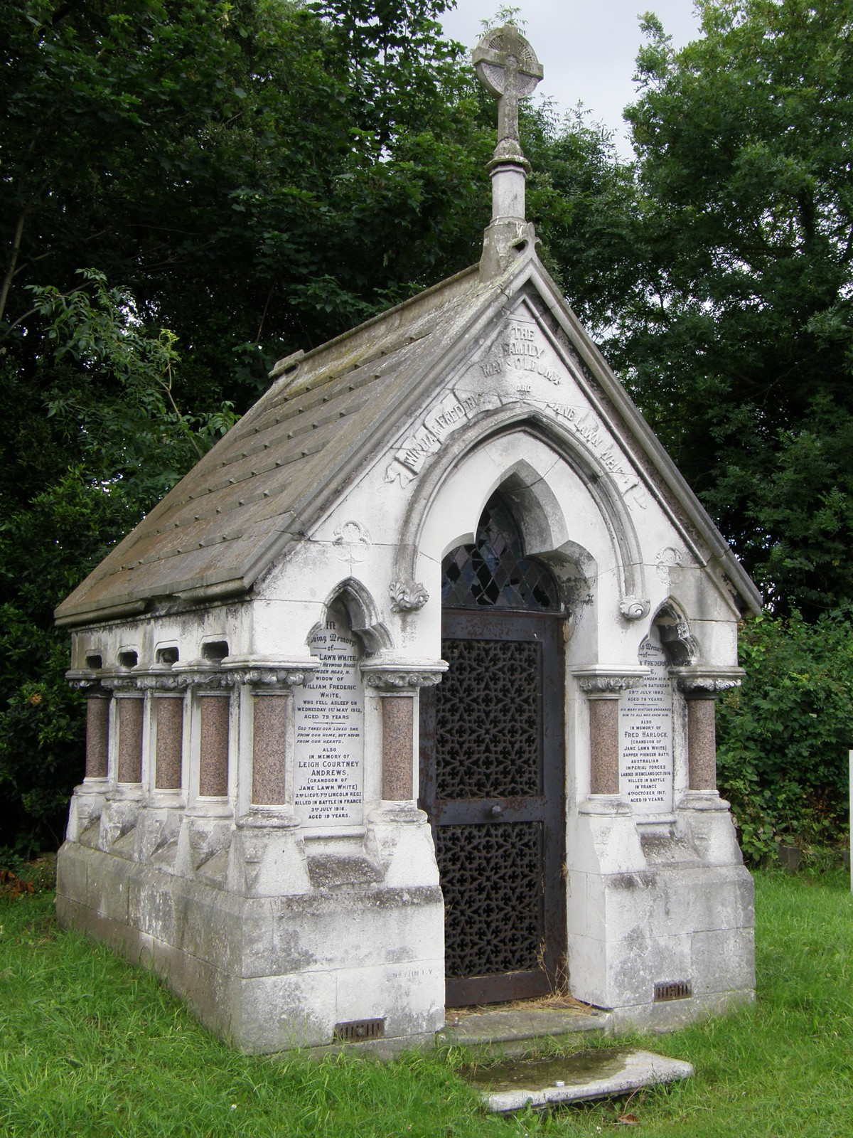 A mausoleum in St Pancras and Islington Cemetery