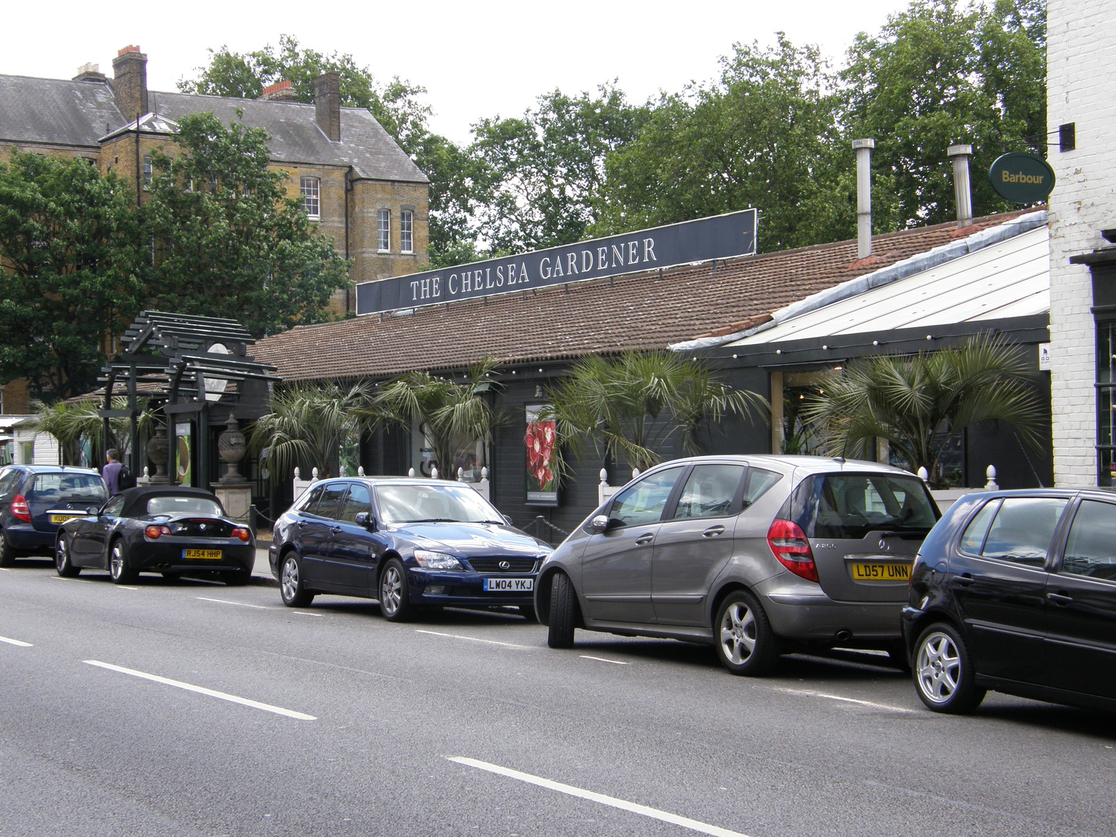 Image from Turnham Green and Kensington (Olympia) to Victoria