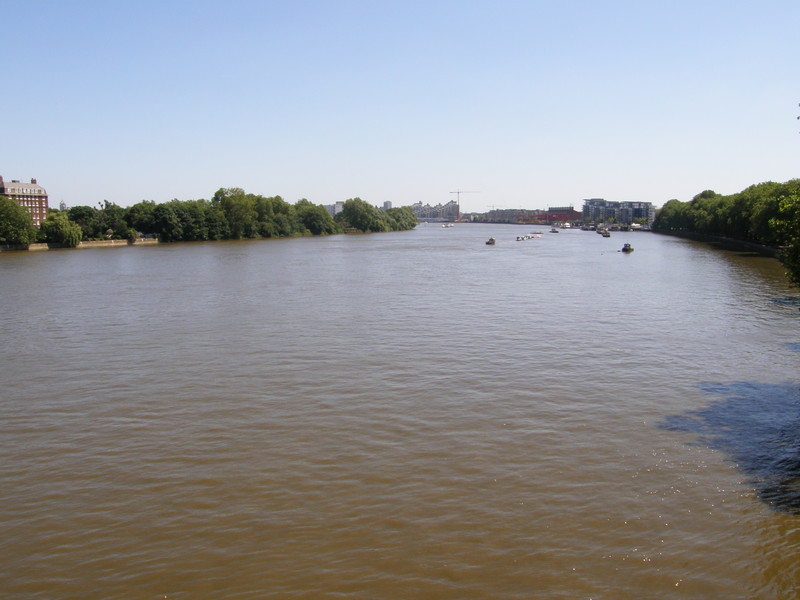 Crossing the Thames in Putney