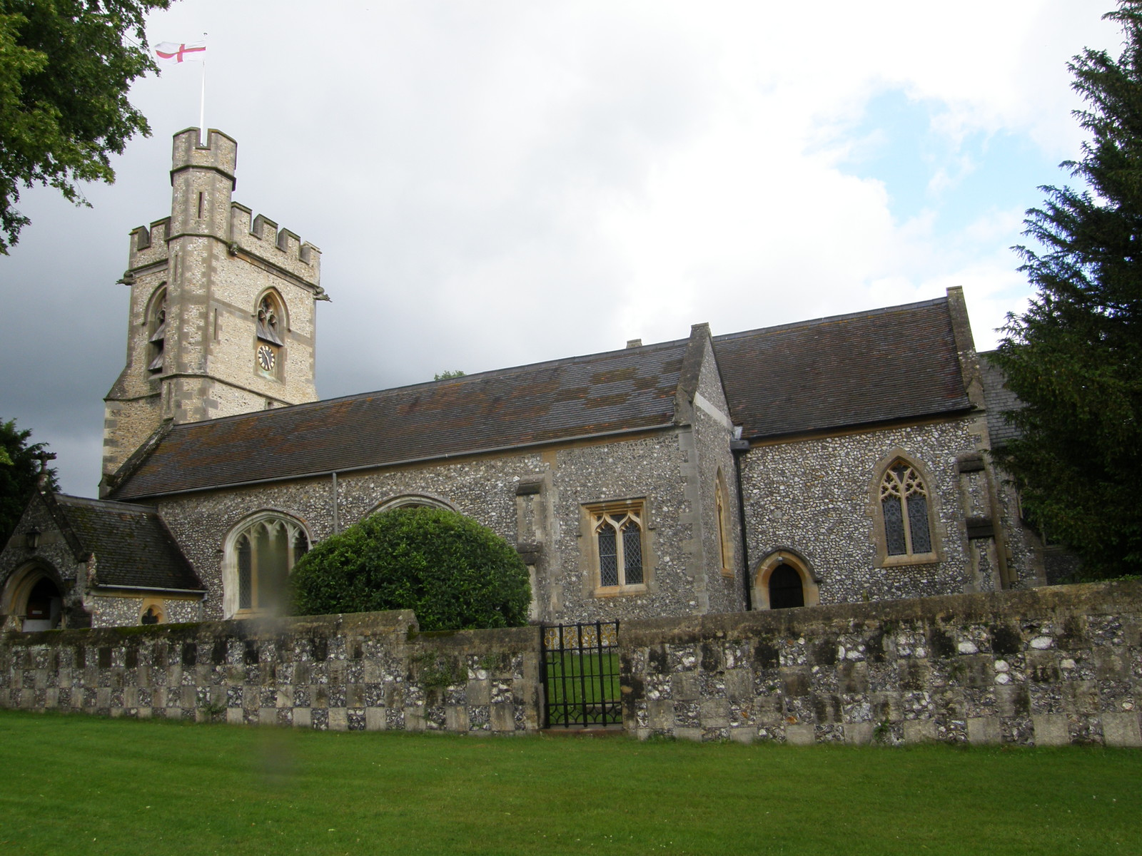St Michael's Church, Chenies