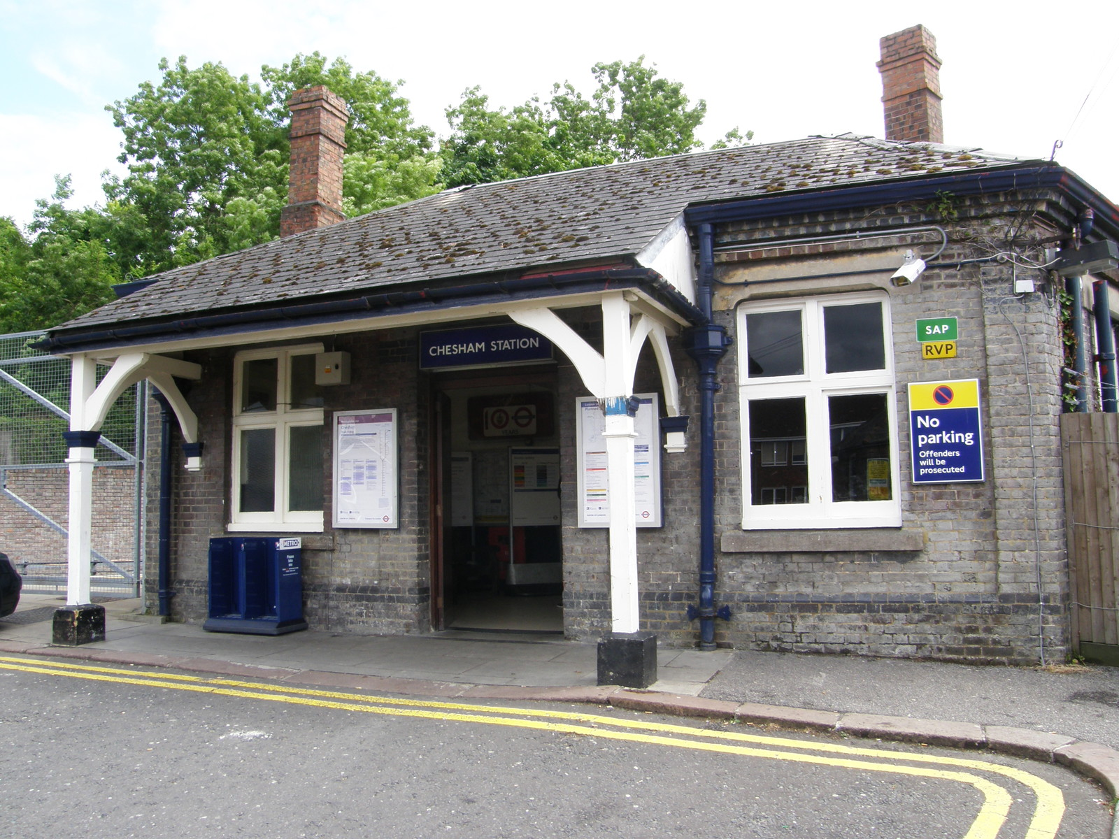 Chesham station