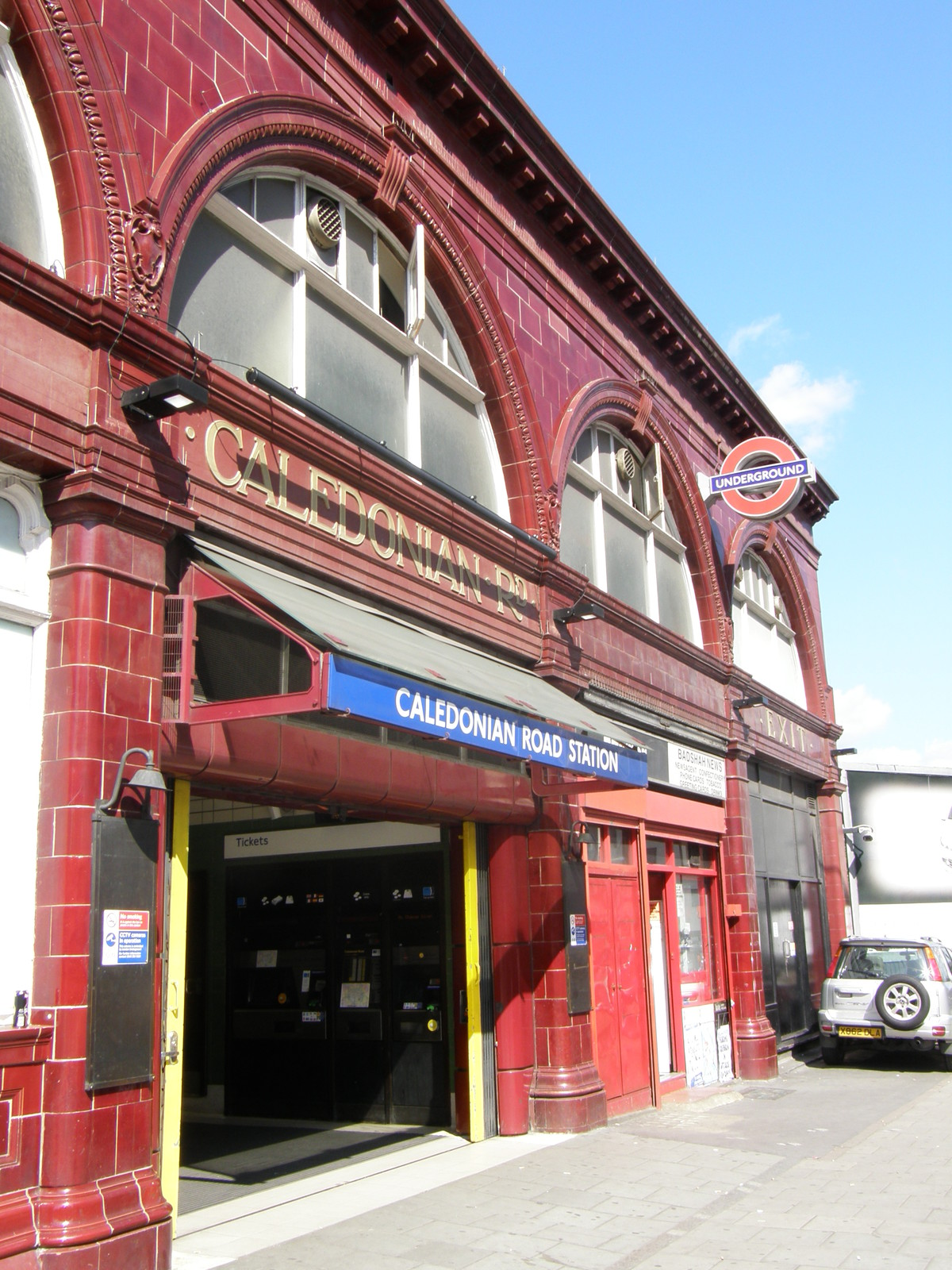 Caledonian Road station